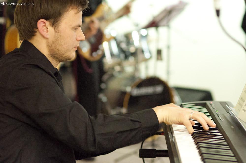 Pianisto pasirodymas Jūsų šventėje