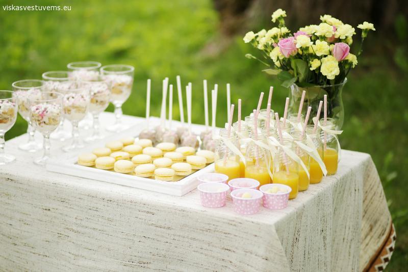 Saldumynų stalas