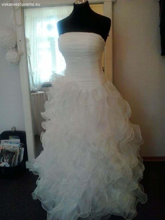 Siuvu vestuvines ir progines sukneles